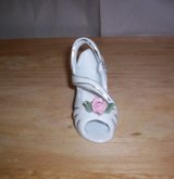 "VINTAGE SMALL WHITE/GOLD TRIM ""RIGHT"" PORCELAIN PUMP in Camp Lejeune, North Carolina"