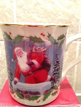 Lenox Holiday mug in Wheaton, Illinois