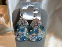 """NEW BLUE FLORAL SHELL SILVER HOOK EARRINGS 3"""" item#3005 in Quantico, Virginia"""