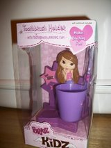 #8021 BRATZ KIDZ TOOTHBRUSH HOLDER NEW IN BOX in Fort Hood, Texas