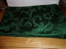 #8021 ROUND FOREST GREEN TABLE CLOTH - $10 (harker in Fort Hood, Texas