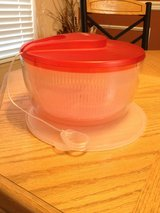Salad spinner with lid in Oswego, Illinois
